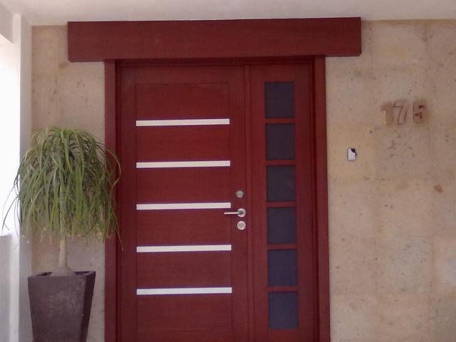 Puertas para exterior e interior ment che dise o for Disenos puertas de madera exterior